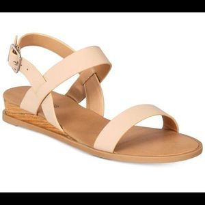 Call It Spring Brand NEW in box Richichi 8.5 Nude